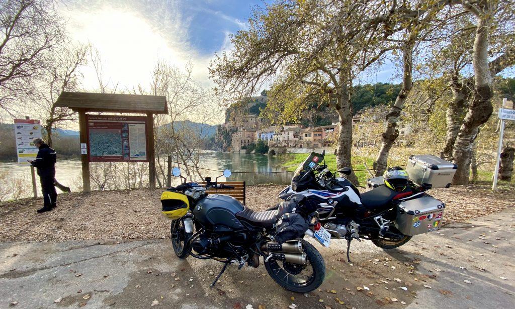 El río Ebro a su paso por Miravet